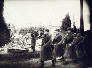 Красноармейцы на улицах освобожденного Николаева. Март 1944 г.