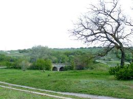 Старый мост в Остаповке через реку Громоклею