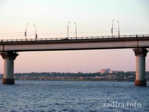 Один из пролетов Варваровского моста.